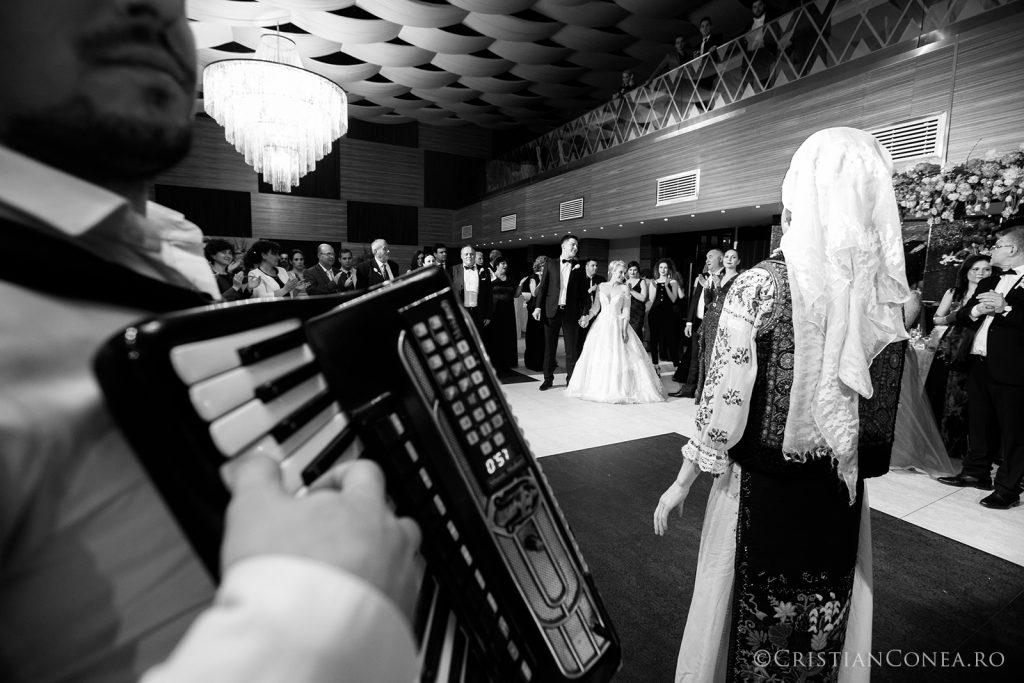 fotografii-nunta_a-m_cristian-conea-109