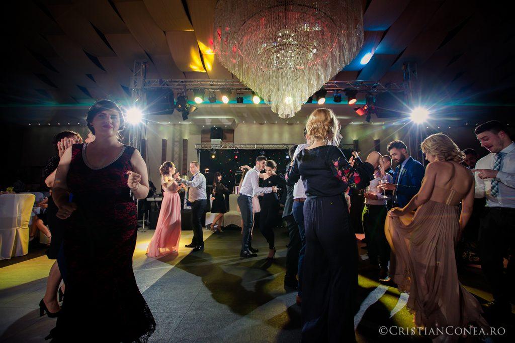 fotografii-nunta_a-m_cristian-conea-131